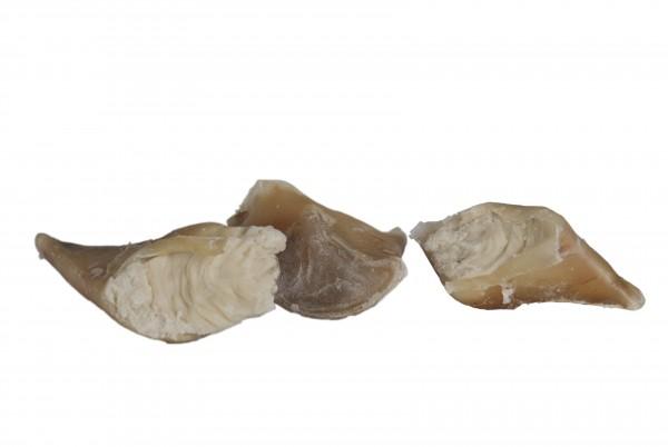 Rinderhufe, gefüllt mit Schafsfett